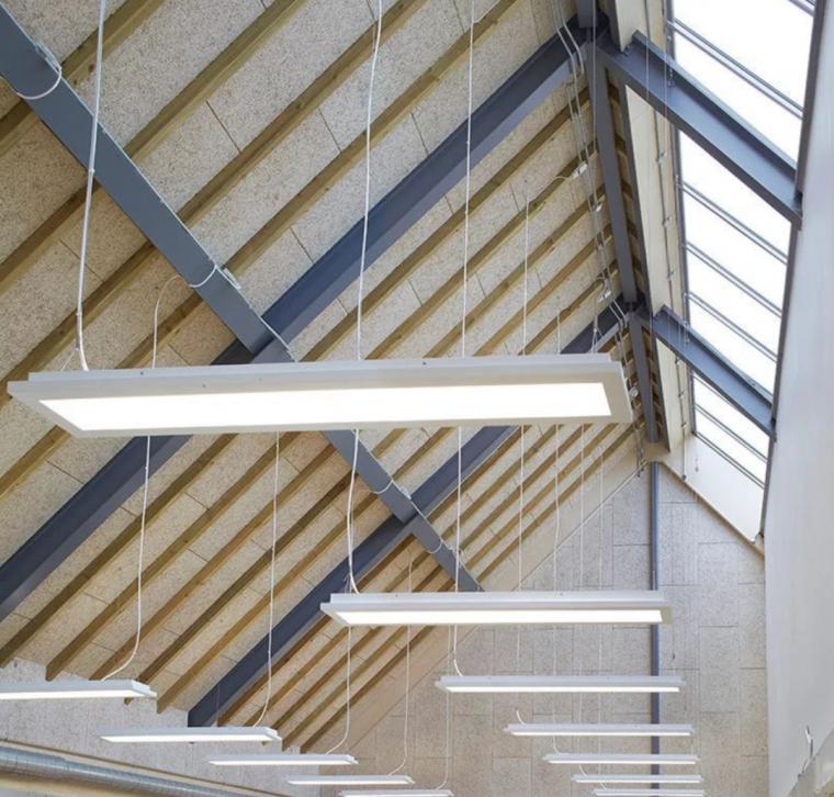 英国零碳办公楼落成,开启可持续设计新思路_18