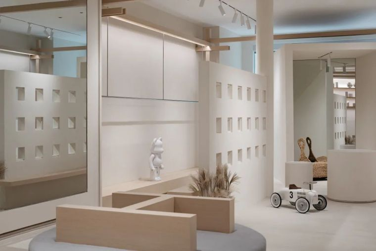 南京几盒儿童服装零售空间-297e662bd46137882d7558c94911fb41
