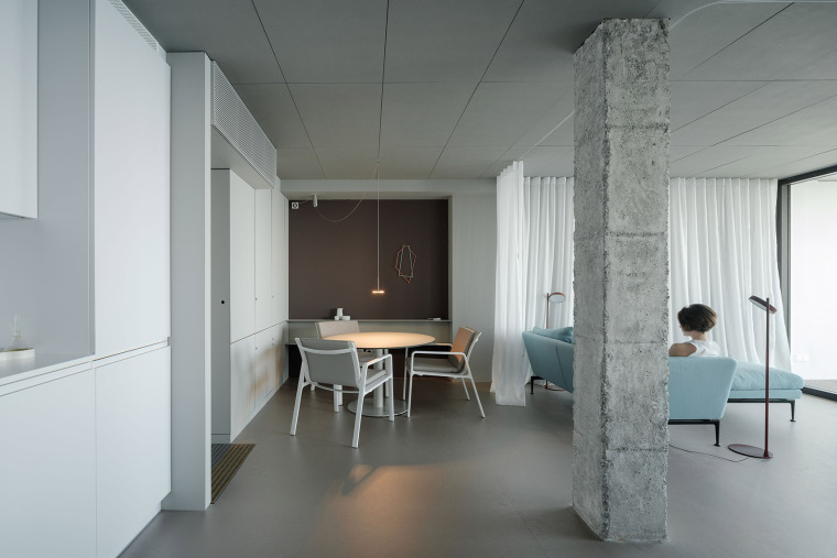西班牙看向大海的住宅-08-A-room-with-a-sea-view_eg-arquitectos