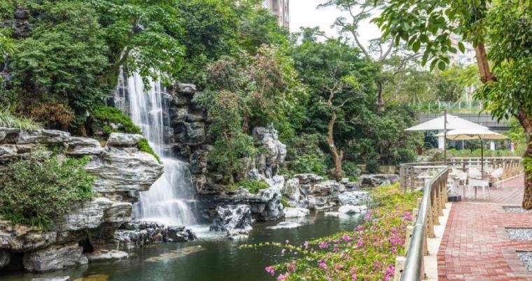 [广东]珠海山景居住区景观设计方案-水景实景图