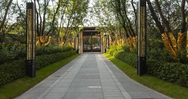 [江苏]现代风格居住区景观设计方案-入口通道实景图