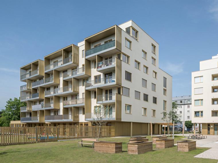 住宅楼钢筋混凝土钻孔灌注桩初步施工方案-102154pn6dctmqu5r39nbk