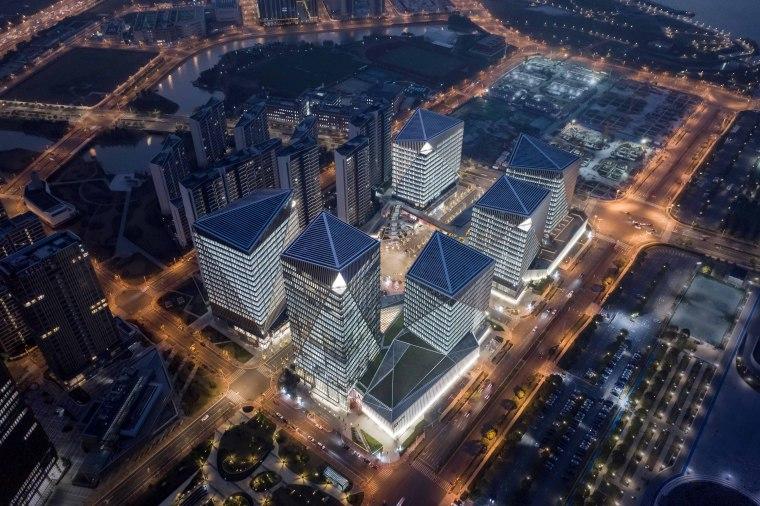 上海前滩晶耀广场照明工程-202002281437363640