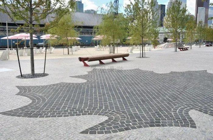 景观设计不只是种树,还有铺装、小品和水景_6