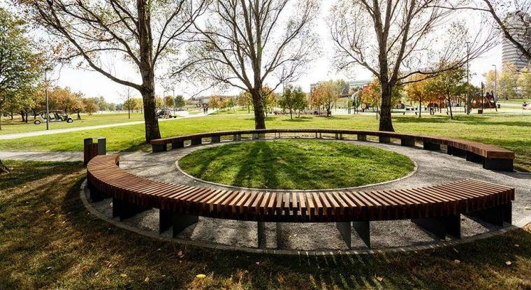 景观设计不只是种树,还有铺装、小品和水景_30
