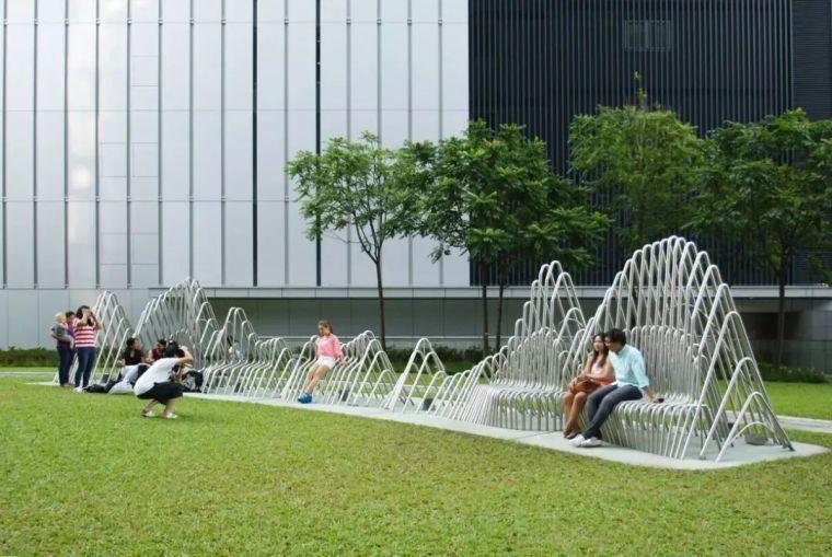 景观设计不只是种树,还有铺装、小品和水景_36