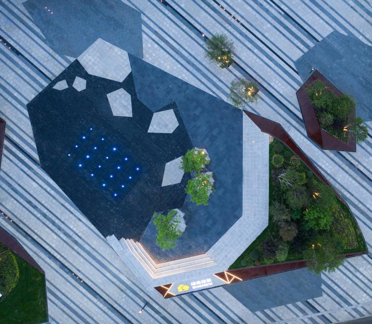 哈尔滨博览城市展厅前广场景观-20200717172335514