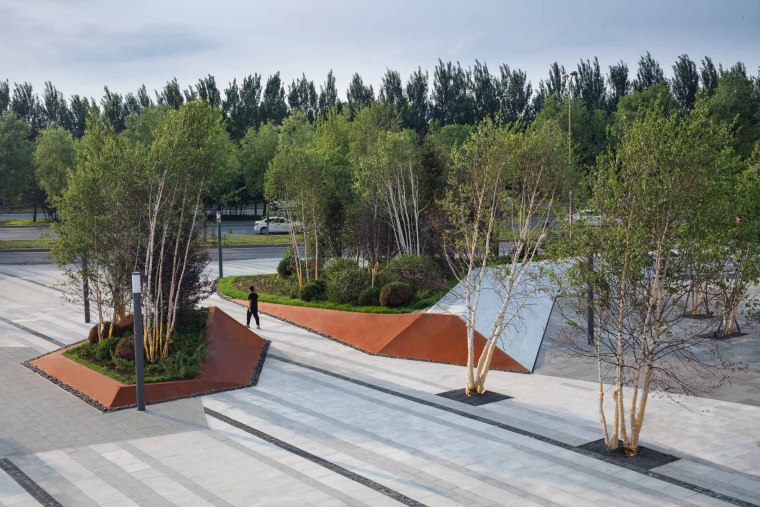 哈尔滨博览城市展厅前广场景观-20200717172402925