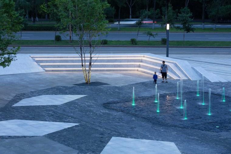 哈尔滨博览城市展厅前广场景观-20200717172411496