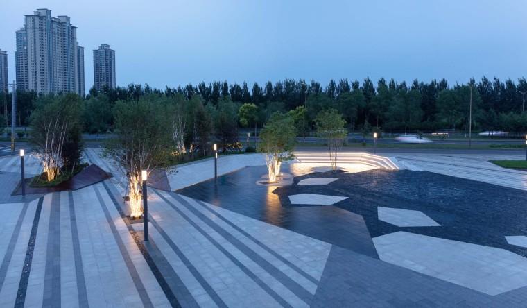 哈尔滨博览城市展厅前广场景观-20200717172431460