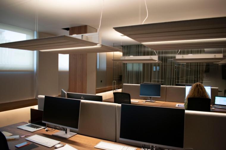 西班牙房产开发商somium总部办公室室内实景图 (12)