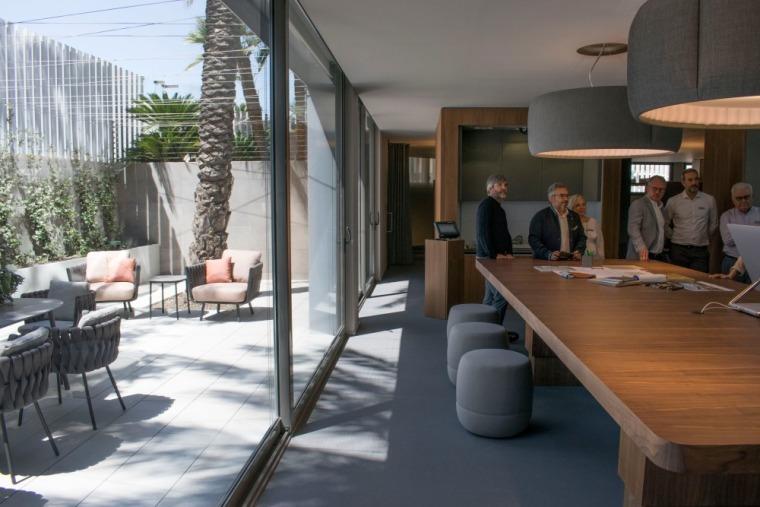 西班牙房产开发商somium总部办公室室内实景图 (14)