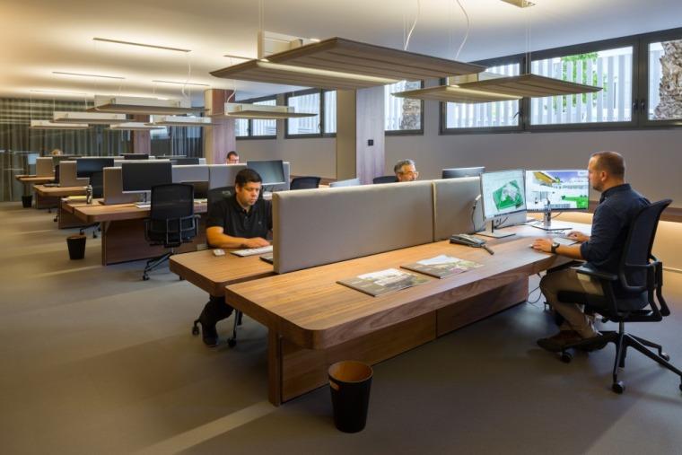 西班牙房产开发商somium总部办公室室内实景图 (15)