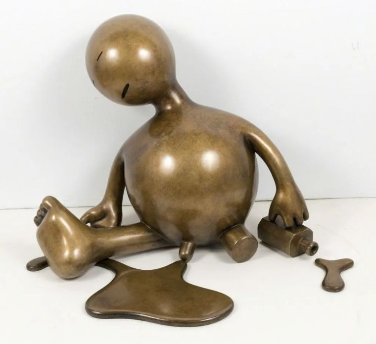 他设计了受全世界欢迎的雕塑,却也引人深思_60