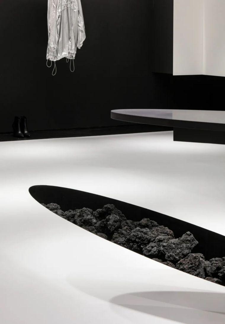 韩国极简设计先锋,探索艺术与设计的戏剧性_13