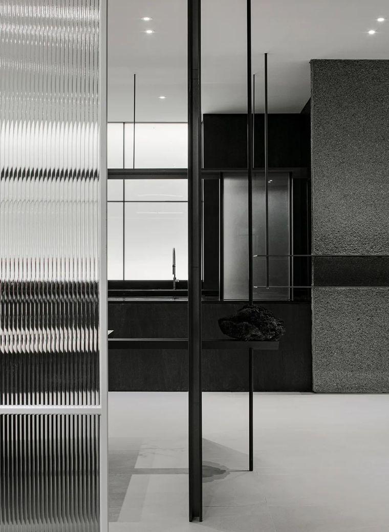 韩国极简设计先锋,探索艺术与设计的戏剧性_23