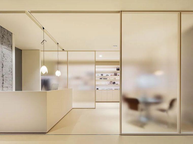 韩国极简设计先锋,探索艺术与设计的戏剧性_25