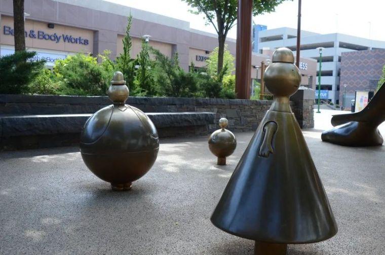 他设计了受全世界欢迎的雕塑,却也引人深思_25