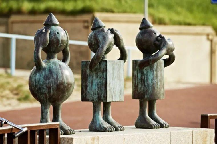 他设计了受全世界欢迎的雕塑,却也引人深思_7