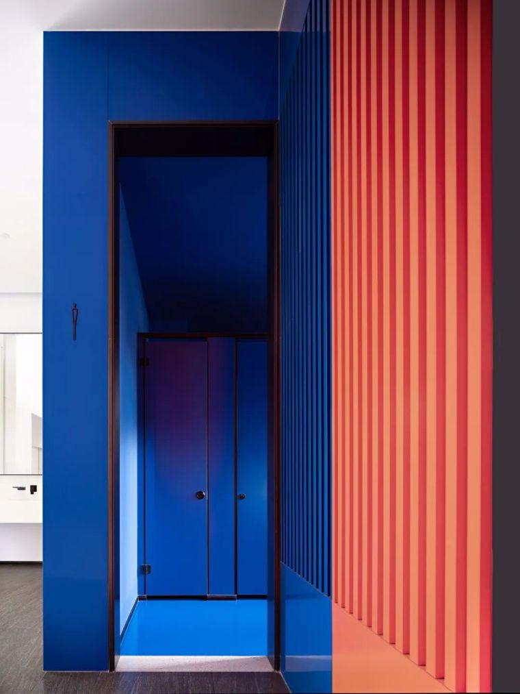 条形码+集装箱,打破传统的炫酷空间_26