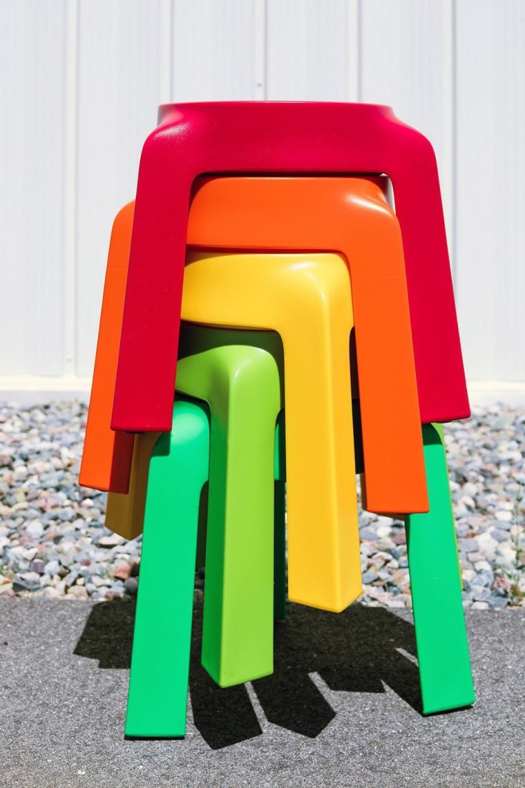 多姿多彩的UFO塑料堆叠凳设计6