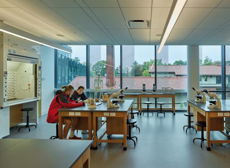 美国韦伯斯特大学布朗宁厅跨科学大楼内部实景图5