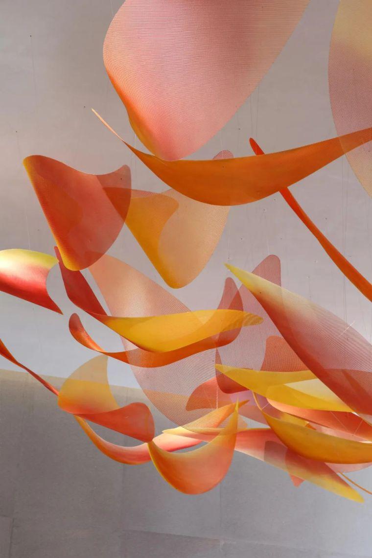 会呼吸的色彩,极简主义的光线魅力_5