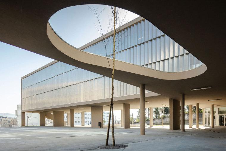 葡萄牙EB2/3Tai仔学校-葡萄牙EB 23 Tai仔学校外部实景图 (3)