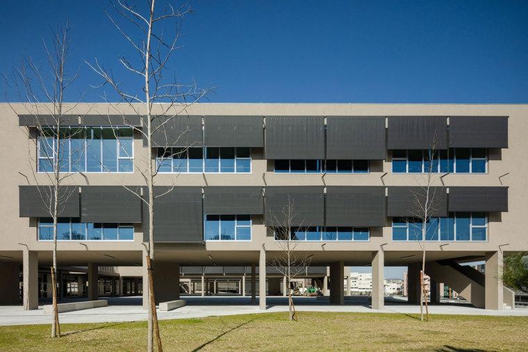 葡萄牙EB2/3Tai仔学校-葡萄牙EB 23 Tai仔学校外部实景图 (4)