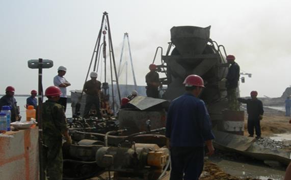 船坞工程止水施工工法-压浆现场