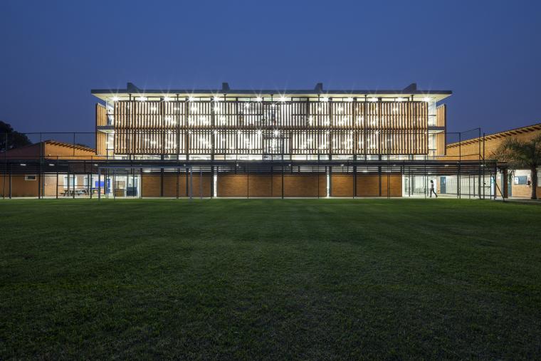 巴拉圭ASA蒸汽学校外部实景图9