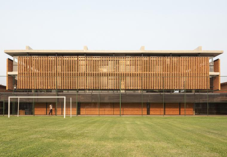 巴拉圭ASA蒸汽学校外部实景图