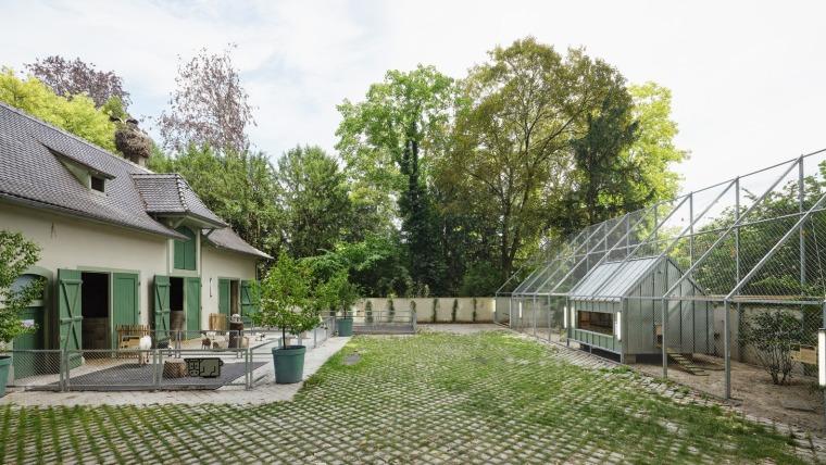 法国史特拉斯堡动物园的教学农场和游客中心外部实景图6