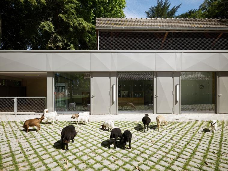 法国史特拉斯堡动物园的教学农场和游客中心外部实景图11