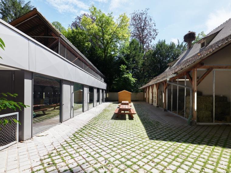 法国史特拉斯堡动物园的教学农场和游客中心外部实景图15