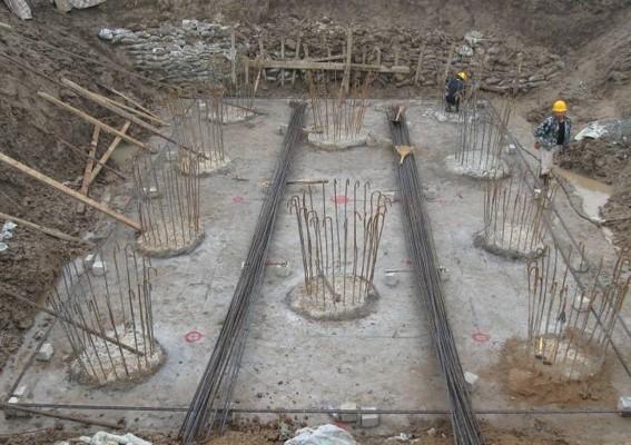 高速铁路桥梁施工和悬浇梁管理(ppt)-护孔壁