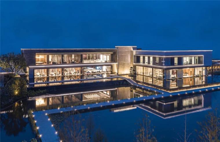 这才叫文化建筑,你那只是几个体块!-昆明螺蛳湾俊发彩云城城市展览馆外部实景图 (2)
