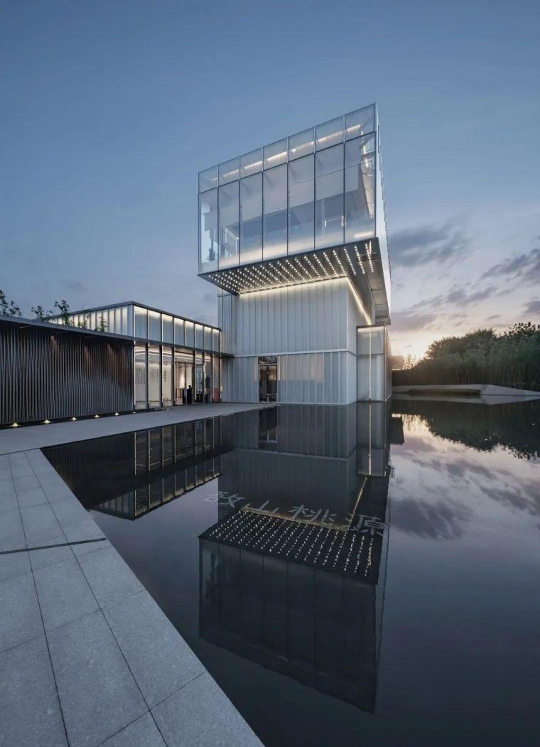 """悬浮的玻璃盒子——美景""""示范区""""_9"""