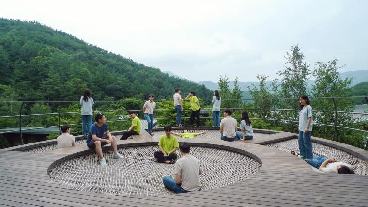 韩国大型休闲吊床装置实景图4