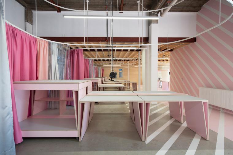 荷兰Zadkine时尚学习研讨会室内实景图1