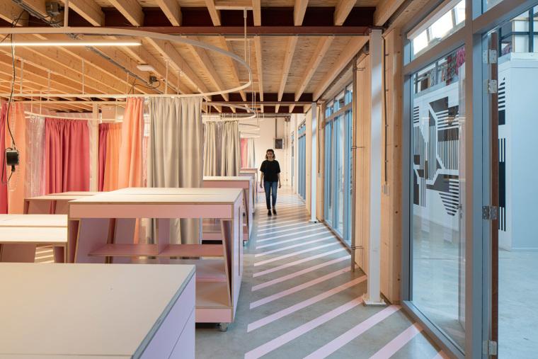 荷兰Zadkine时尚学习研讨会室内实景图2