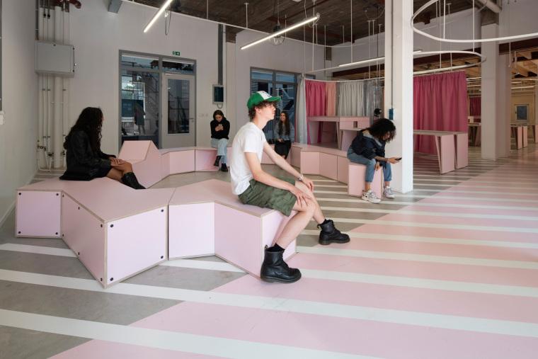 荷兰Zadkine时尚学习研讨会室内实景图8