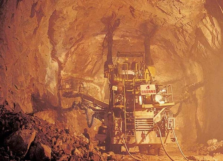 隧道工程机械化施工(93页,ppt)-液压凿岩台车