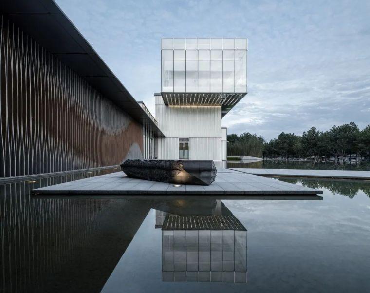 """悬浮的玻璃盒子——美景""""示范区""""_8"""