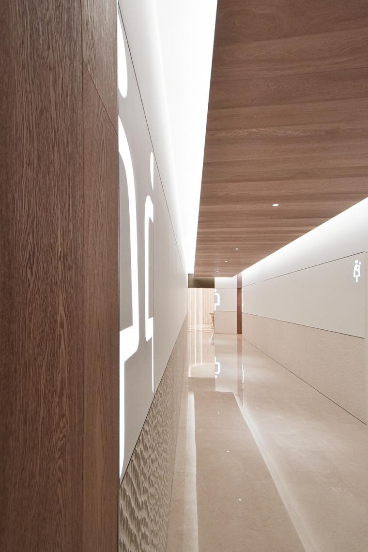 北京蓝色港湾公共空间改造室内实景图9