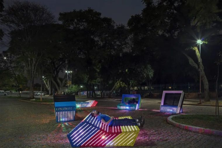 互动式街头艺术景观家具!_12