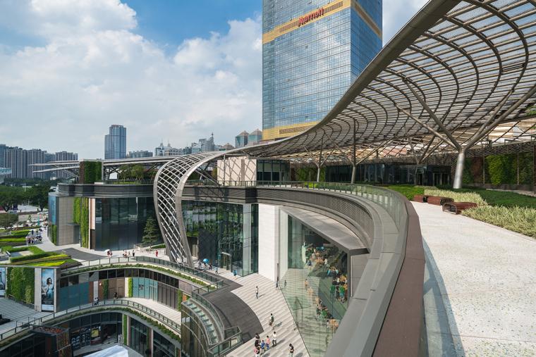公园中的商场-广州天环广场实景拍摄_21P-广州天环广场 (3)