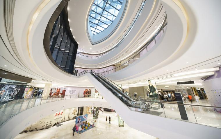 公园中的商场-广州天环广场实景拍摄_21P-广州天环广场 (10)