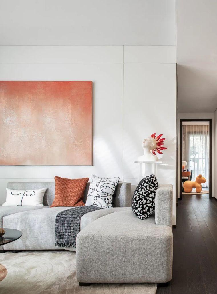 现代时光里的永恒和诗意的住宅样板间室内实景图2