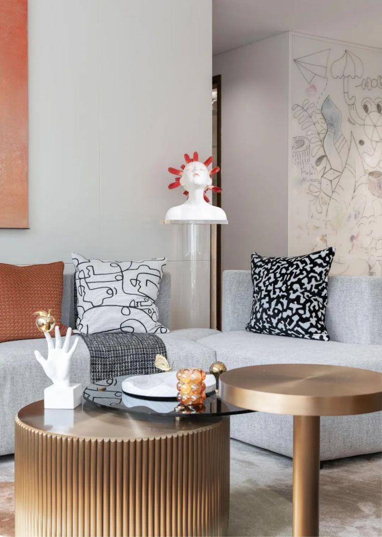 现代时光里的永恒和诗意的住宅样板间室内实景图5